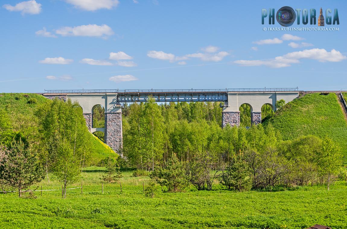 Railway bridge over Rauna river   Dzelzceļa tilts pār Raunu
